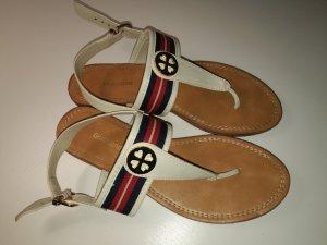 Sandalen / Zehentrenner