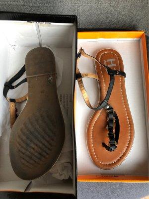 H3 Shoes Sandalias con talón descubierto negro-color oro Cuero