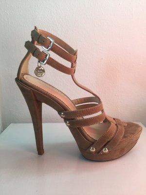 Sandalette aus Wildleder von Patrizia Pepe mit Plateau