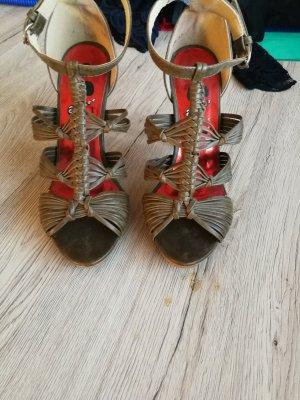 High-Heeled Sandals khaki