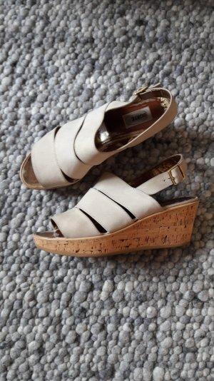 Görtz17 Wedge Sandals natural white suede