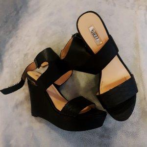Guess Zapatos de cuña negro Imitación de cuero