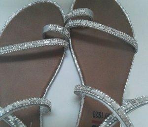 Sandalette silberfarben mit Strasssteine