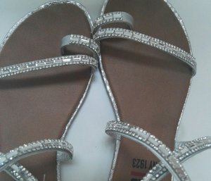 His High-Heeled Toe-Post Sandals silver-colored