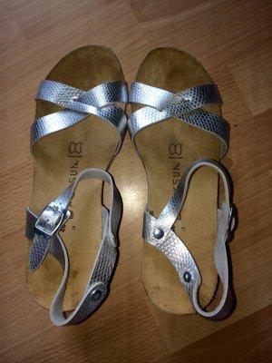 Sandales à talons hauts et plateforme gris-brun noir cuir
