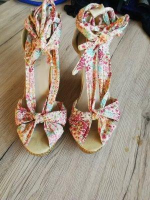 Sandalette zum Schnüren