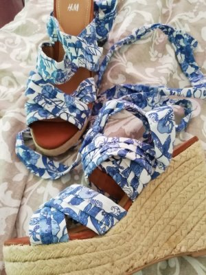 H&M High-Heeled Sandals white-blue