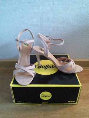 Sandaletten beige neu