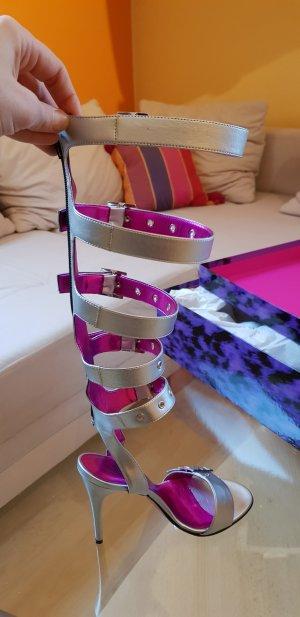 Sandalen met bandjes en hoge hakken zilver