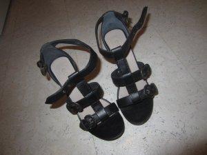 Sandaletten Esprit in schwarz