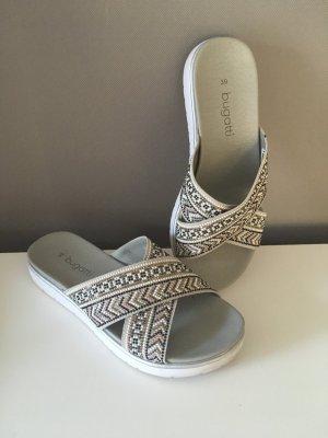 Sandaletten Gr.39 grau Perlen