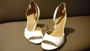 Esprit Strapped High-Heeled Sandals white leather
