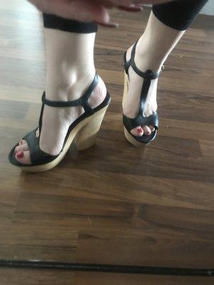 Sandaletten in einem sehr guten Zustand