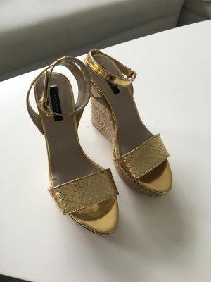 Sandaletten in Gold von Zara Gr. 39