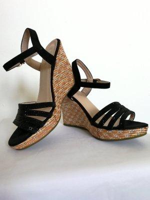 Sandaletten in Wildlederoptik mit Keilabsatz (Gr. 38)