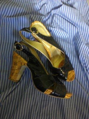 Sandaletten Lack mit Holzoptik, LimeLight