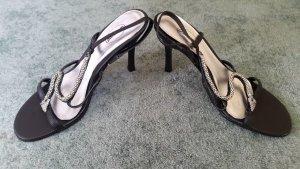 Sandaletten mit Absatz neu