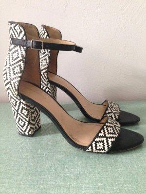 Sandaletten mit Flechtmuster von Zara, Gr. 41