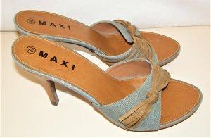 Sandaletten mit Jeansstoff & Kunstleder Deko