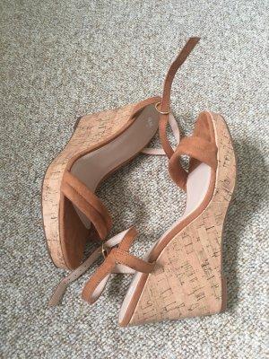 Sandaletten mit Keilabsatz braun Gr. 41