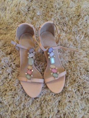 Sandaletten mit Schmucksteinen