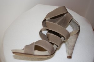 Strapped High-Heeled Sandals beige leather