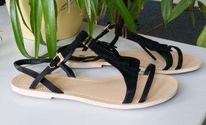 Sandaletten / Sandalen mit Fransen 39 schwarz