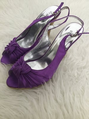 Strapped High-Heeled Sandals lilac