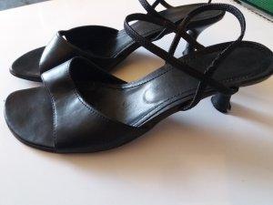 Sandaletten * schwarz * 5cm Absatz * mit Riemchen