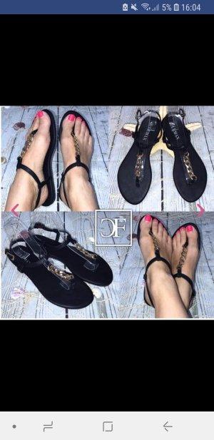 Sandalo infradito con tacco alto nero