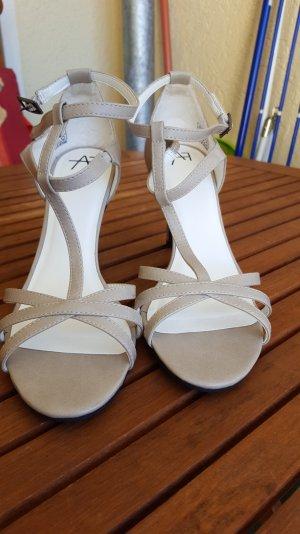 sandaletten von anna field in beige