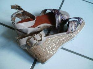 Sandales à talons hauts et plateforme multicolore faux cuir