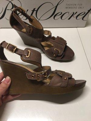 Sandaletten von Geox mit Keilabsatz