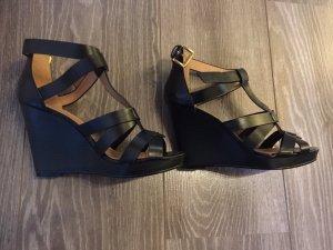 H&M Sandalo alto con plateau nero