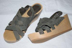 Esprit Wedge Sandals green grey-khaki suede