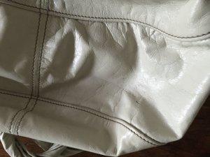 Sandfarbene Tasche von Miu Miu