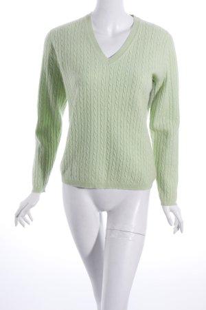 Sandra Pabst V-Ausschnitt-Pullover hellgrün Zopfmuster klassischer Stil