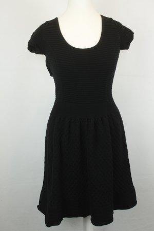 Sandro Kleid Midikleid Stretchkleid tiefer Rückenausschnitt Gr. 1 / dt 36 schwarz