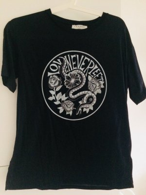 Sandro Shirt - Love Never left -  it shirt