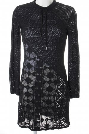 Sandro Spitzenkleid schwarz-weiß abstraktes Muster Elegant