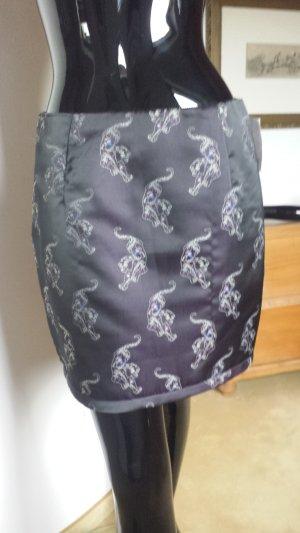Sandro, wattierter Rock dunkelviolett mit Stickerei, Gr 32-34, NEU