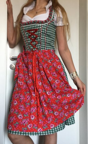 Sandy Country Life Dirndl