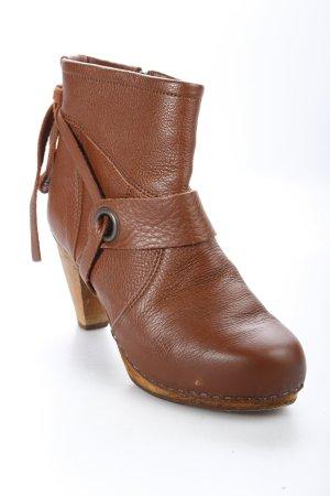 Sanita Reißverschluss-Stiefeletten braun Street-Fashion-Look