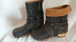Sanita Stiefel Holz und Leder