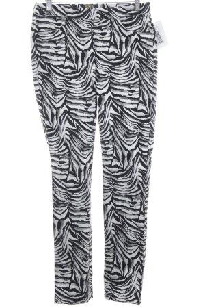 Sarah Kern Stoffhose Streifenmuster Street-Fashion-Look