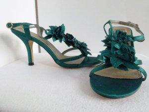 Satin Sandaletten mit Blütendeko, NEU und ungetragen