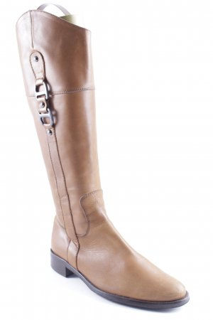 Jackboots light brown casual look