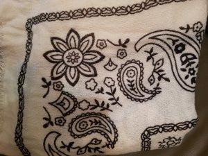 Zara Bufanda de flecos blanco-negro