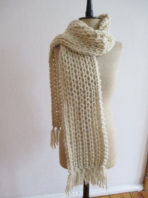 Schal aus 100% Wolle