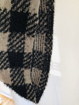 Zara Snood white-black cotton
